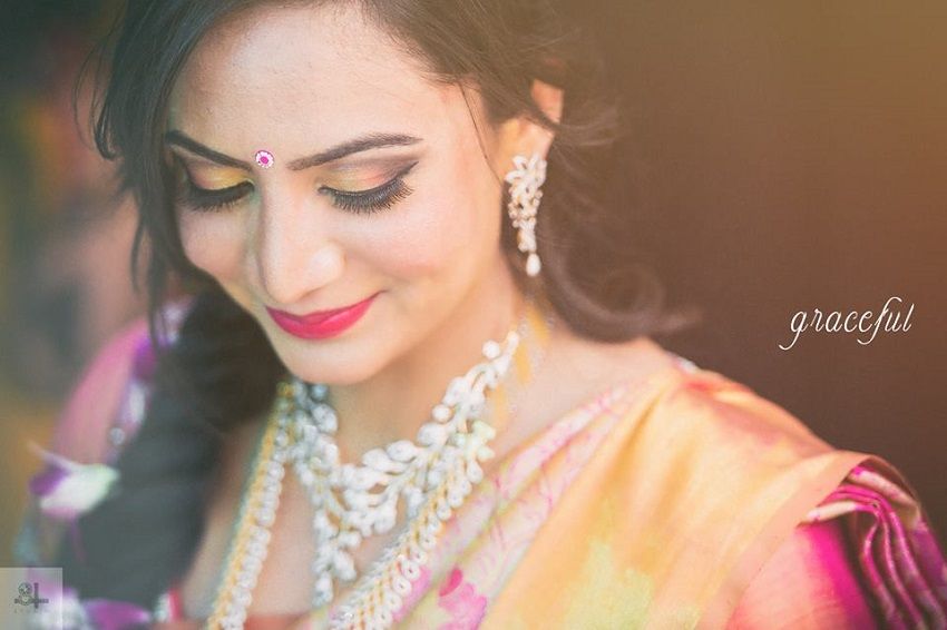 gorgeous real bride -real wedding Indian-bridal makeup hairstyle by Mankeet Khehra image by best wedding photographers in Chennai 84mm Studio