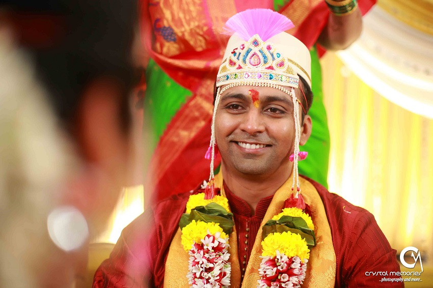 Maharashtrian groom-classic Marathi real wedding