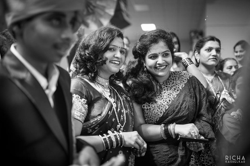 wedding guests at Indian Marathi wedding