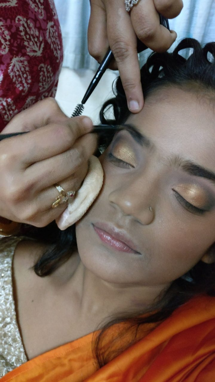 Step by step tutorial for Marathi bridal look