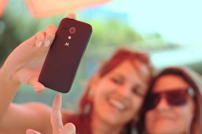 phubbing smartphone selfies