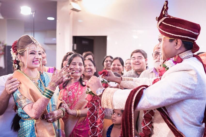 Marathi wedding photography by Crimson wedding photography Pune