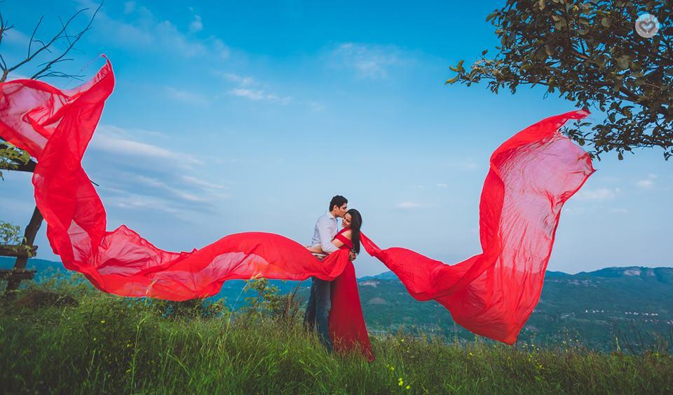 destination wedding wear