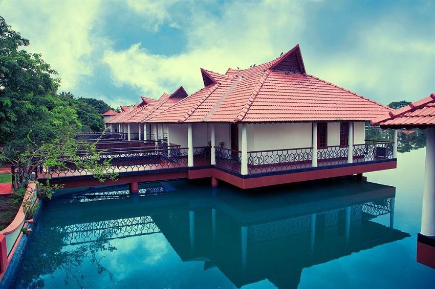 best Kerala wedding destinations Lake Palace, Alappuzha