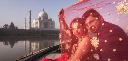 pre wedding shoot by Taj Framers