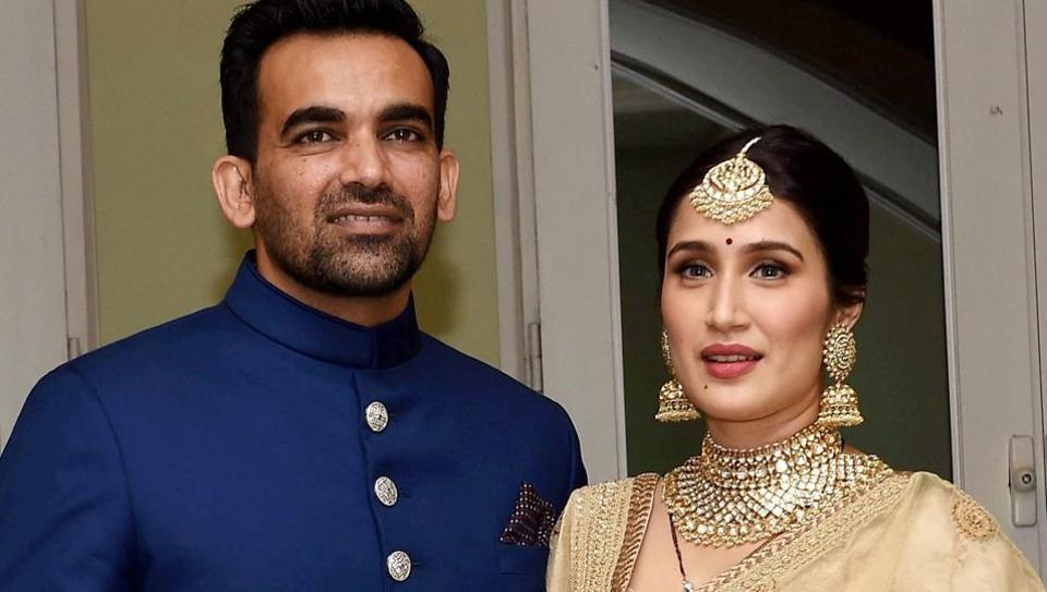 sagarika ghatge and zaheer khan wedding reception photos