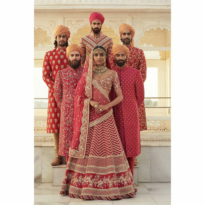 5 Indian wedding designers to design your bridal trousseau