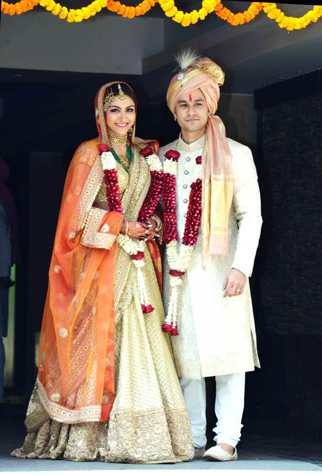 soha ali khan wedding lehenga