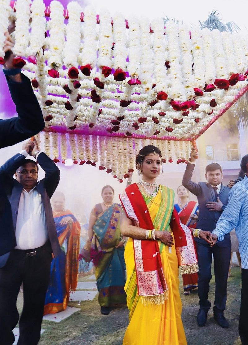 Vaidehi And Kunal S Peshwai Themed Wedding India S