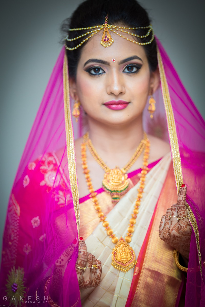 bridal sari beige and pink by Ganesh Photography