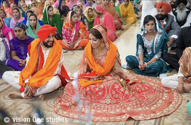 Sikh traditional wedding ceremony beautiful Sikh wedding by Vision One Studios
