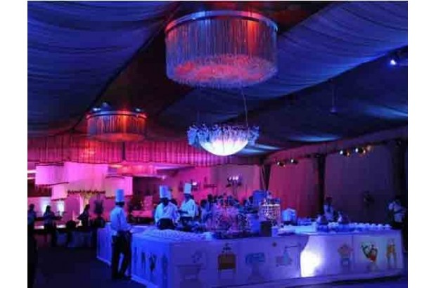 how to select your reception caterers