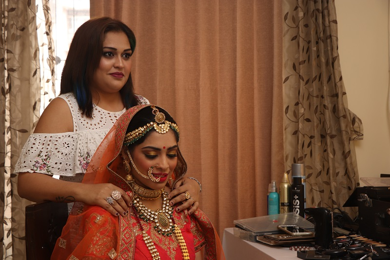 Making of the bride with Charmi Maru Charms Makeover WeddingsOnline India