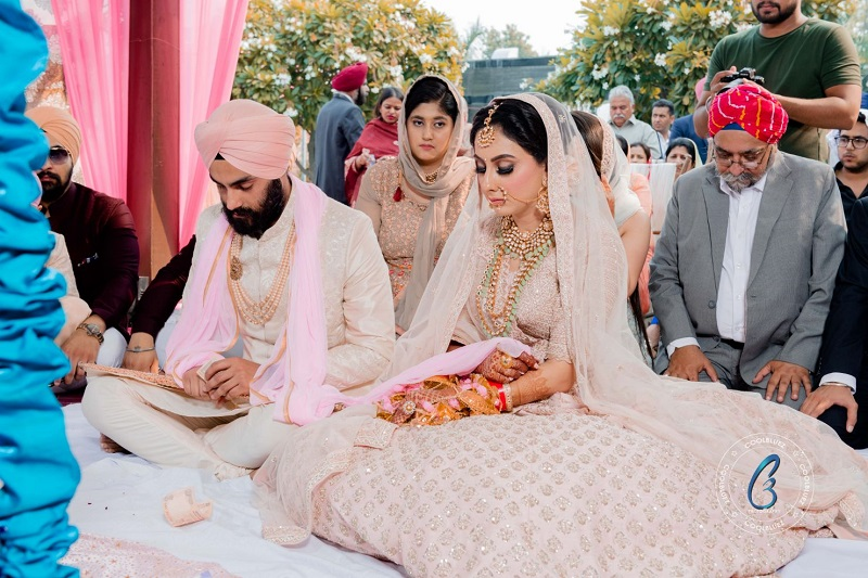 A lovely Sikh wedding covered by the Cool Bluez Photography team in Chhatarpur