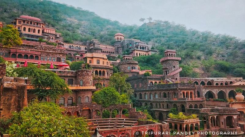 Neemrana_Fort,_Alwar_Rajasthan top 10 wedding palaces in India